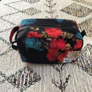 Herschel Travel Bag/Makeup case